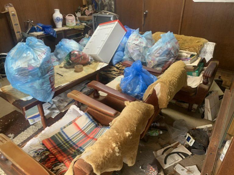 073_神戸市東灘区渦森台のゴミ屋敷清掃事例